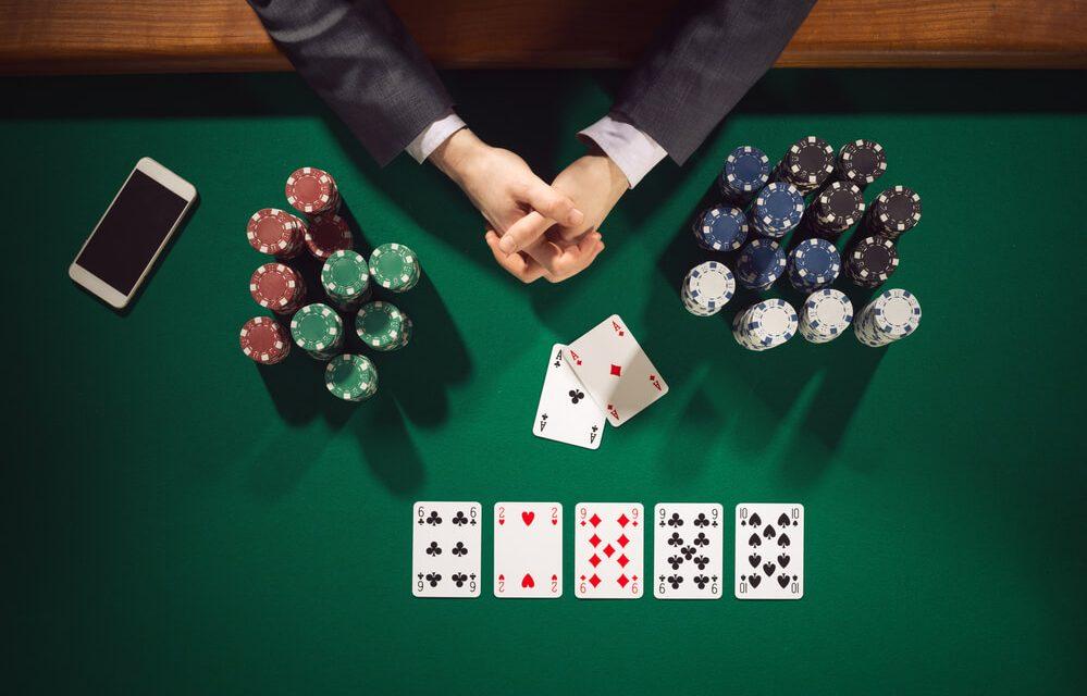 86711-voce-sabe-como-estudar-poker-corretamente-999×640
